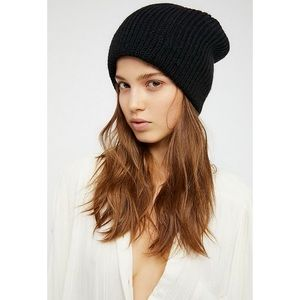 Free People all day everyday slouchy beanie black